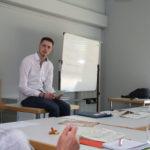 T-U-Seminar-auf-Tisch